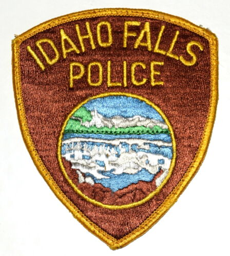 IDAHO FALLS IDAHO ID Sheriff Police Patch MOUNTAINS DAM WATERFALL LAKE ~ USED