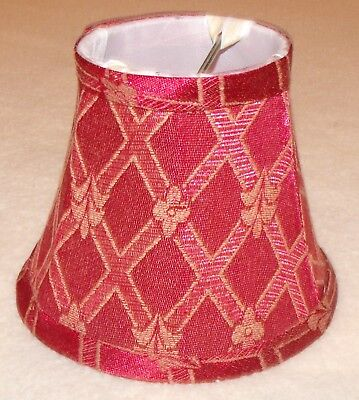 small red and cream lamp/chandelier shade ()