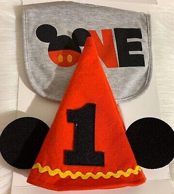 1st Birthday Hat And Bib (Disney Baby Mickey Mouse 1st Birthday  Hat And Bib)