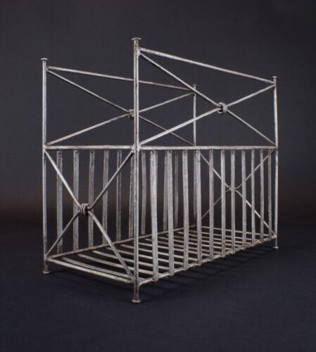 Contemporary Modern Metal Magazine Rack