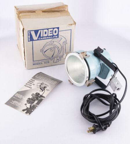 Vintage Acme Lite Quartz Light 250 watts Model  No. 625 FOCUSING FLOOD SPOT