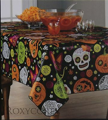 Celebrate Halloween 70 in Round Whimsical Skull Pumpkin Cats Vinyl Tablecloth - Cats Celebrating Halloween