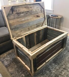 Reclaimed Rustic Barn Wood and Tin Chest / Storage Coffee Table