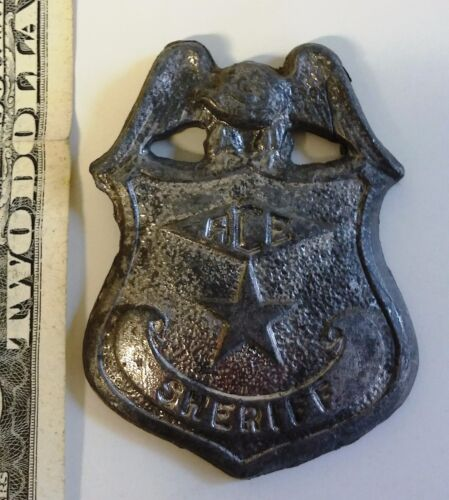 Rare vintage obsolete Police Sheriff heavy metal lead ACE plaque badge toy prop?