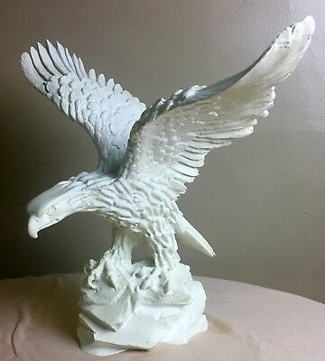Rare Vintage White Eagle Solid Heavy Ceramic Pottery Porcelain With Great Detail ()
