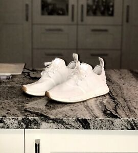 adidas NMD R1 Gum Sole Size 9, Great Condition