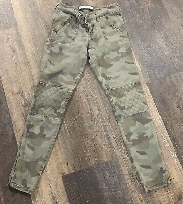 Abercrombie and Fitch Womens Camo Pants Size 4
