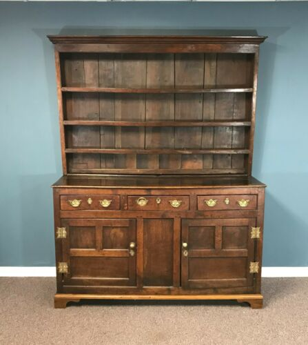 Circa 1800 English Walsh Oak Cabinet