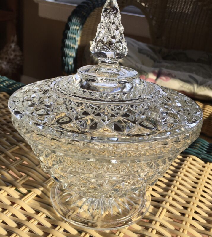 Vintage Anchor Hocking Clear Glass Wexford  Candy Dish With Lid. Beautiful!