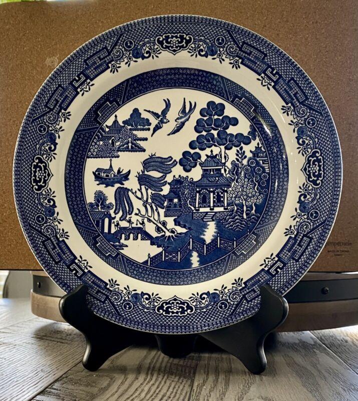 Set of 4 Blue Willow Dinner Plates Churchill England