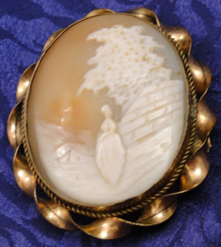 VICTORIAN Carved Shell CAMEO GOLD Filled Frame Brooch / Pin Lady Twisted frame