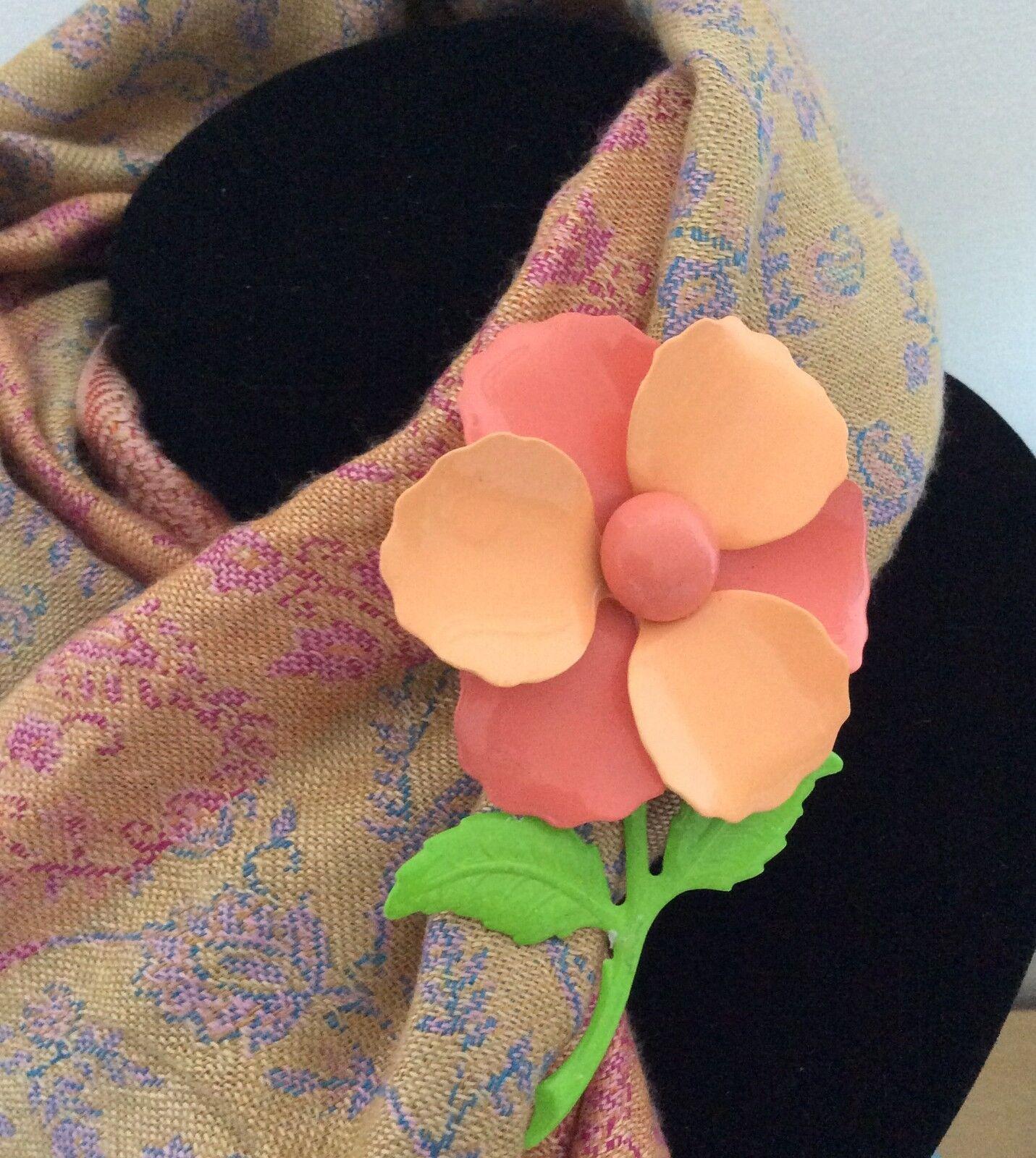 beebop vintage brooches