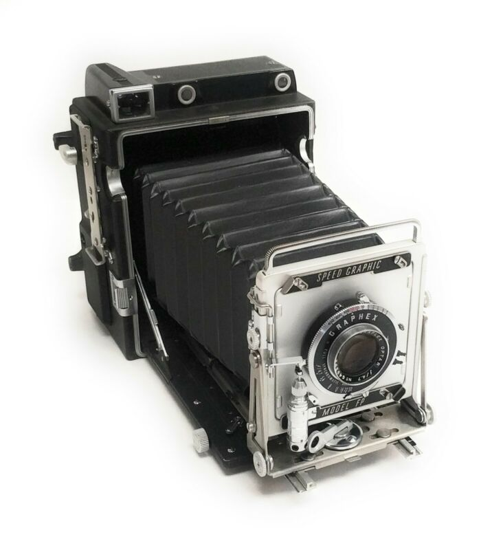Vintage Graflex Model FP 4x5 Speed Graphic Large Format Camera w/ 135mm f/4.7