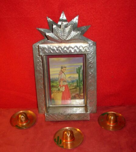 Vtg Mexican Hand Tooled Nicho Tin Frame w Pretty Lady Postcard-Sombreros