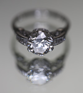 Diamond Engagement Ring - Platinum