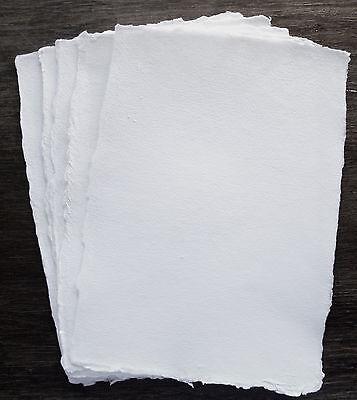 Echt handgeschöpft Büttenpapier, Künstlerpapier, naturweiß, 5 Bl. A4, 180g/m²
