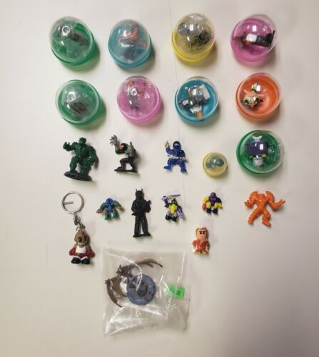 Gumball Vending Quarter Machine And Other Mini Figurines Figures Lot Of 21
