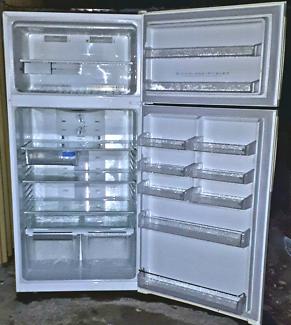520LT Electrolux fridge freezer CALLS ONLY