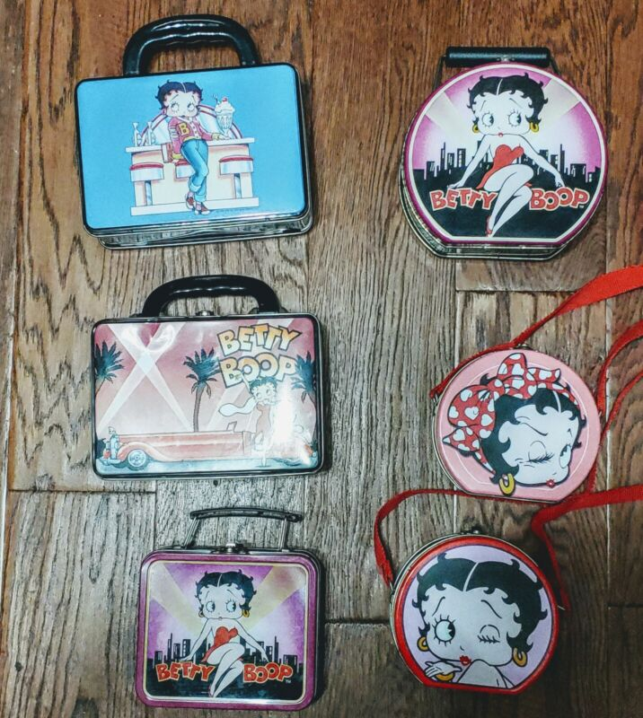 Betty Boop Lunch Boxes and other Collectibles Lot. Pre-Owned