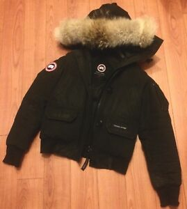 Authentic Canada Goose women Chilliwack bomber