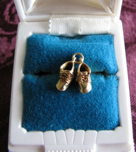14K Gold Baby Booties Shoes Charm/Pendant 2.4 Grams Acid Tested Estate Vintage
