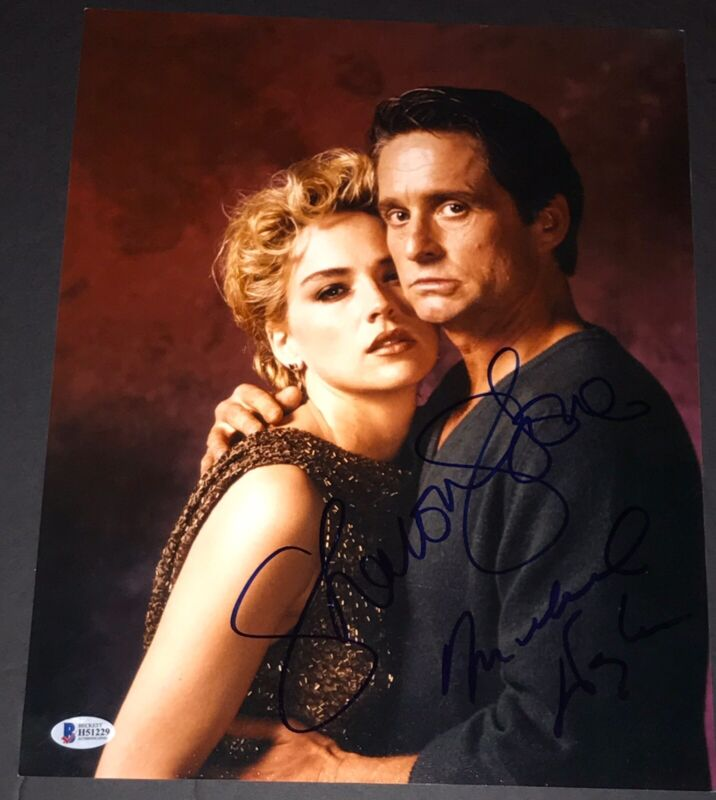 MICHAEL DOUGLAS SHARON STONE SIGNED AUTOGRAPH BASIC INSTINCT 11x14 PHOTO BECKETT