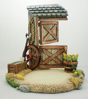 Hummel Barnyard Scape NIB Western Theme Display for Figurine Goebel 1111 on Rummage