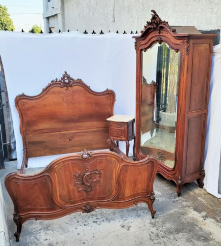 Solid Walnut French Louis XV Bedroom Suite Set Armoire Bed & Nightstand 3 pc