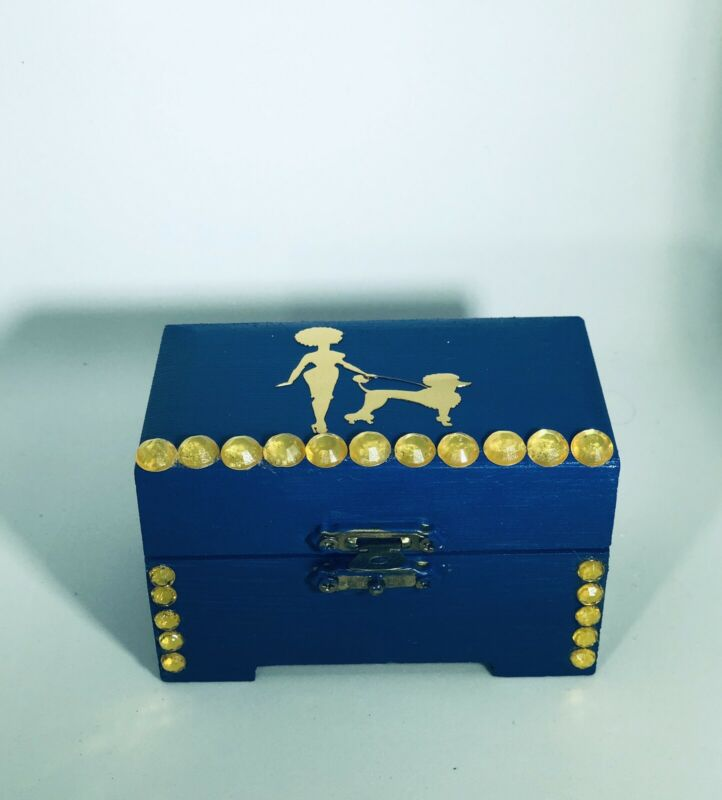 Sigma Gamma Rho Keepsake Box