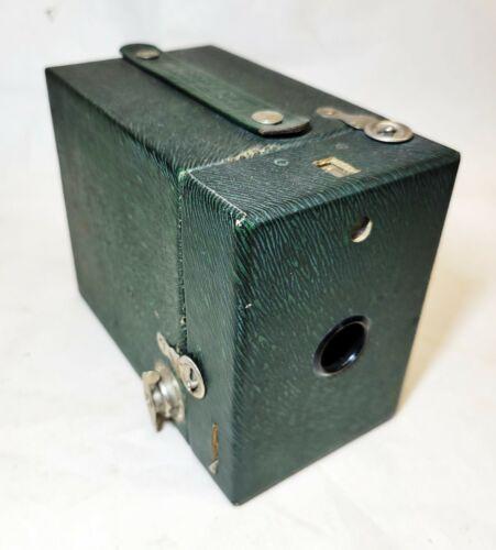 Eastman Kodak vtg RAINBOW HAWK-EYE Box Camera GREEN ZEBRA Stripe No 2 Model C