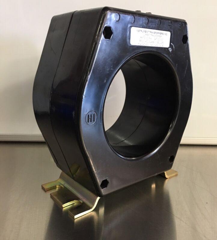 Instrument Transformer Cat 203-301 300-5 600v CT