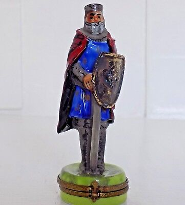 Limoges Peint Main box -KNIGHT-RARE-signed MB-made in France with Brass Shied