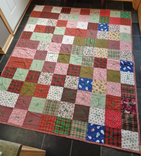 """Handmade Reversible Christmas Patchwork Quilted Quilt Throw 72"""" x 85"""""""