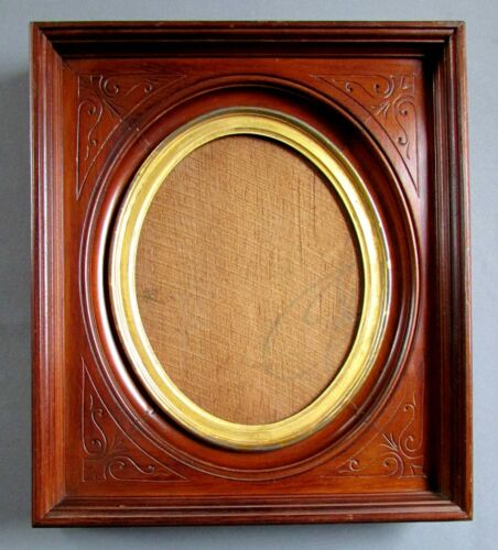 ANTIQUE 19th Century EASTLAKE Deep Walnut PICTURE FRAME circa 1870