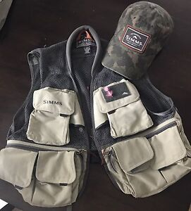 Simms Fishing Vest and Hat Combo