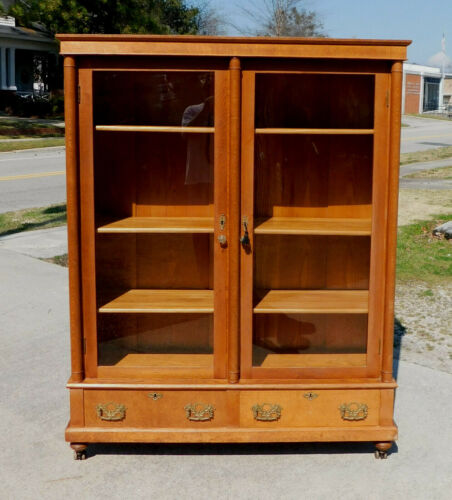 Tiger Oak Bookcase China Cabinet circa 1900