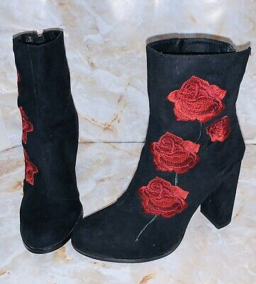 LF - Intentionally Blank Black Suede Ankle Boots 🌹Red Rose Emb Sz 39 Rtl $220