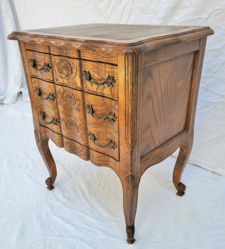 Vintage Country French Louis XV Oak Nightstand / Small Chest / Side End Table