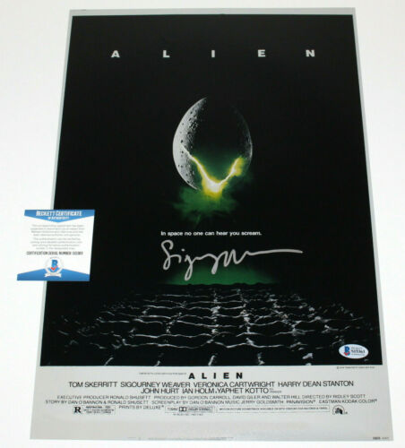 SIGOURNEY WEAVER SIGNED AUTHENTIC 'ALIEN' 12x18 MOVIE POSTER BECKETT BAS COA