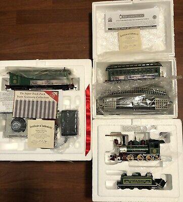"Thomas Kinkade Hawthorne Village ""Christmas Express"" Model Train 3 Sets"
