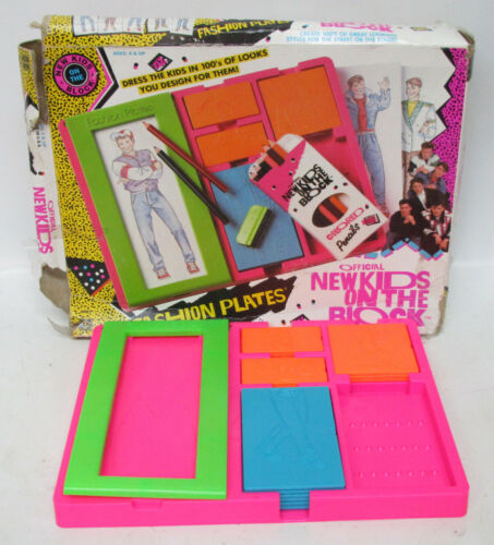 Vintage 1990 New Kids on the Block NKOTB Tomy FASHION PLATES Toy Drawing Set