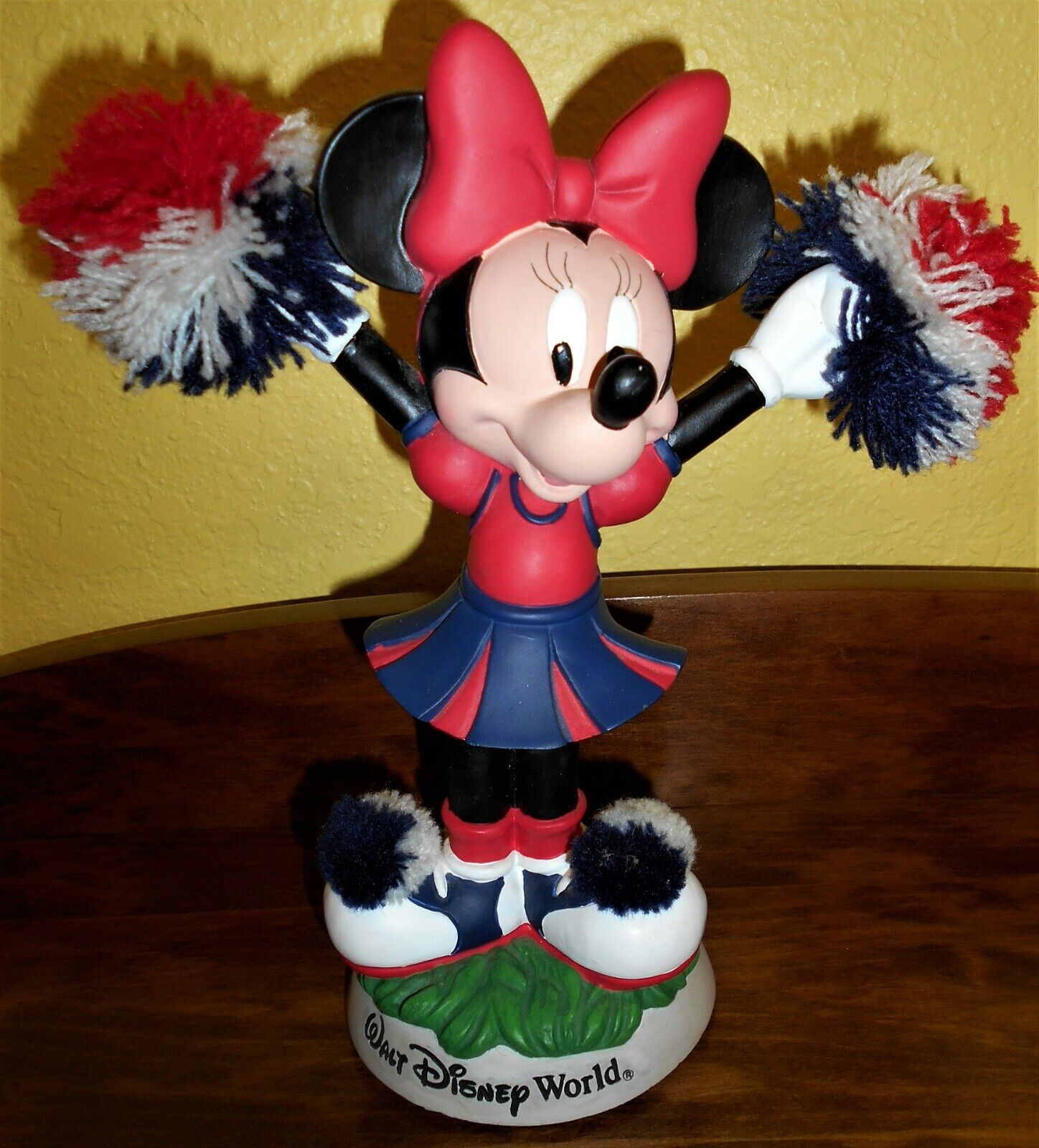 Walt Disney World Minnie Mouse Bobble Cheerleader With Pom Poms 9 Tall - $12.00