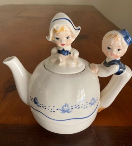 Enesco dutch boy/girl teapot