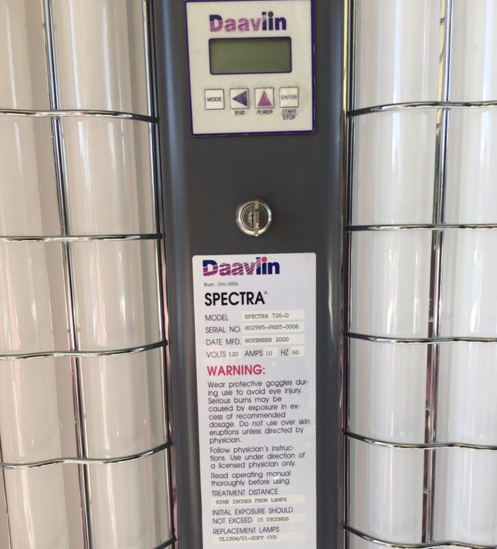 Daavlin UV 7 Series, full body light therapy, UVB Photo-therapy 6 lamp Machine