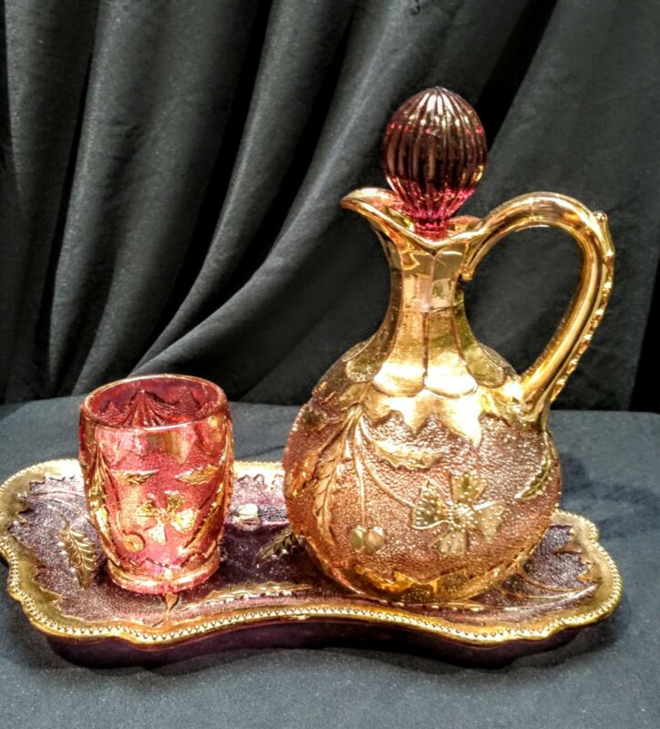 Stunning Victorian EAPG Delaware maidens blush cruet toothpick holder and tray