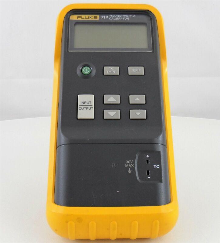 Fluke 714 Thermocouple Calibrator with Case Used (B)