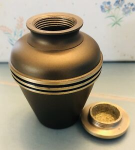 PERSONAL SIZE URN - NEW