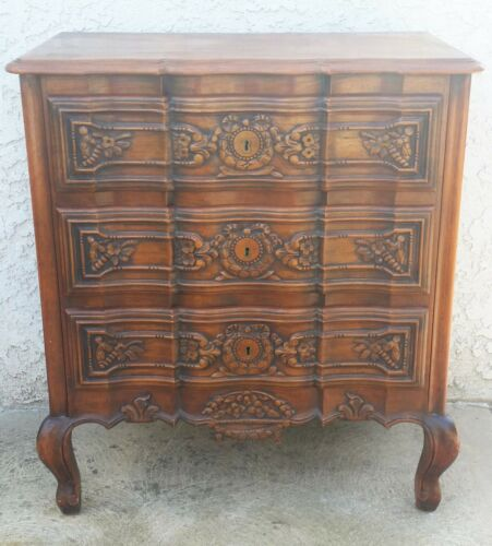 Vtg Carved Country French Nightstand Oak Dresser Chest in Los Angeles  AREA