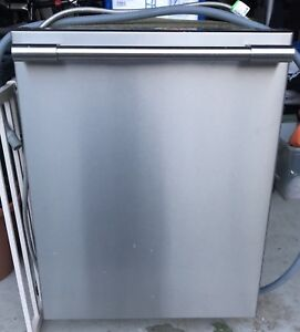 "SPPU Frigidaire 24"" stainless steel under-counter dishwasher"