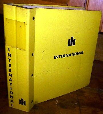 International Vintage Construction Manual Binder Only